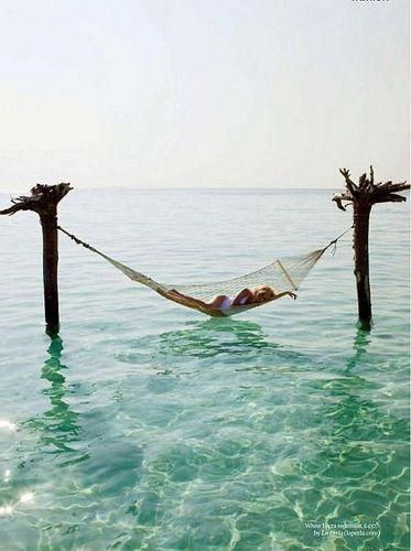Hammock for serious relaxing - Pinterest